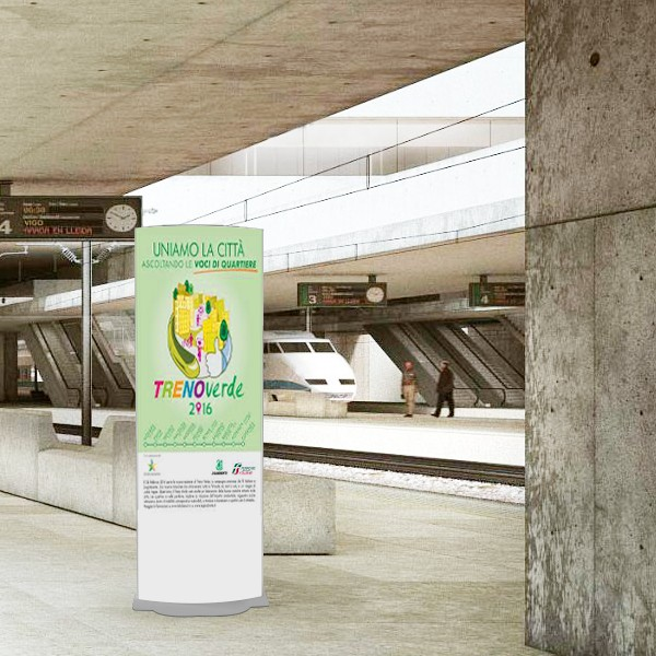 totem informativo per stazioni