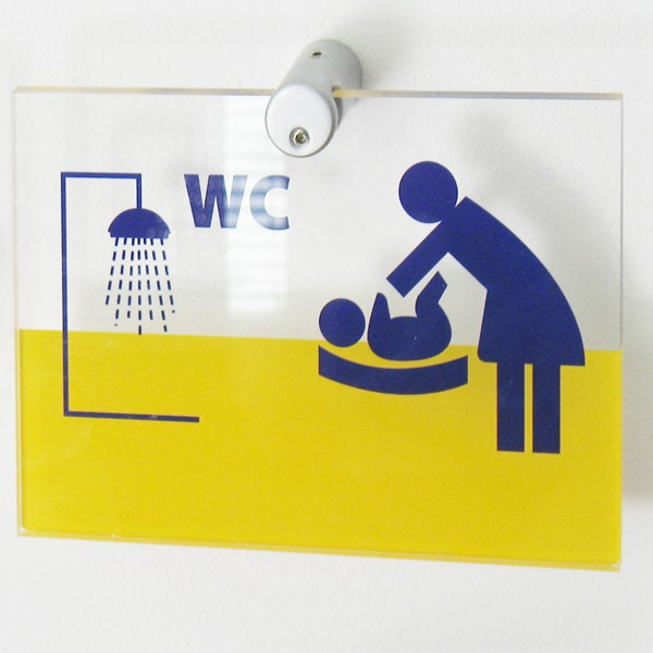 targa in plexiglass per segnaletica interna